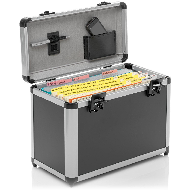 <p>Ideal für den Transport von Classei-Unterlagen zu Meetings, leicht, handlich und abschließbar<br>Er bietet Platz für eine Orga-Box und Laptop, Tablet oder Handmappe. Durch seine Alu-Rahmenkonstruktion ist er besonders stabil.</p><p><b>Farbe:</ ...
